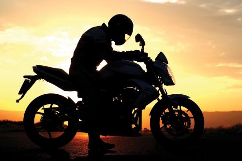 motorbike-sunset-silhouete